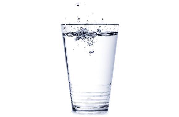 朝の一杯の水の効果